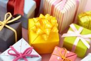 Fuente-Shutterstock_Autor-soo hee kim_regalos-Navidad-papel