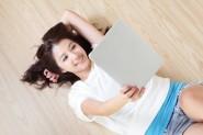chica japonesa tablet pc
