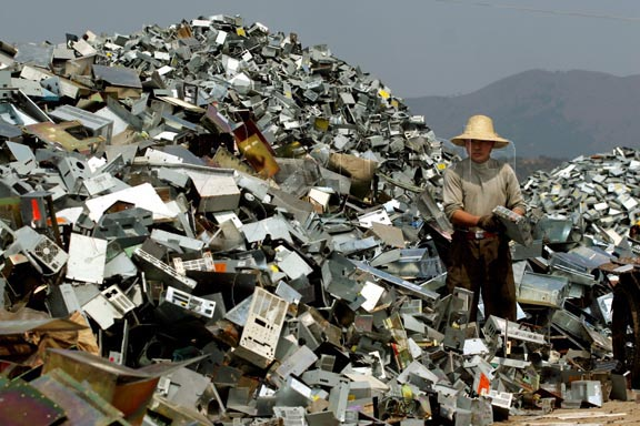 imagen de basura electrónica