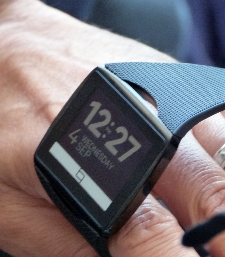 qualcomm-toq-smartwatch