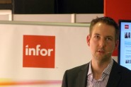 Uno de los responsables de Infor explica las capacidades de Ming.le, la plataforma de colaboración social corporativa