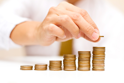 Fuente-Shutterstock_Autor-tanatat_dinero-subir-crecer