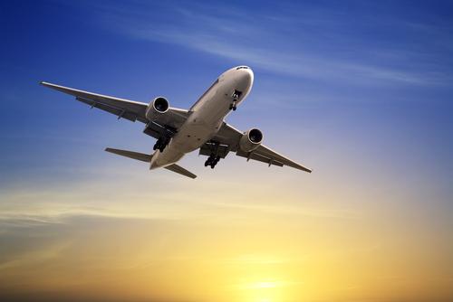 Fuente-Shutterstock_Autor-travellight_avion