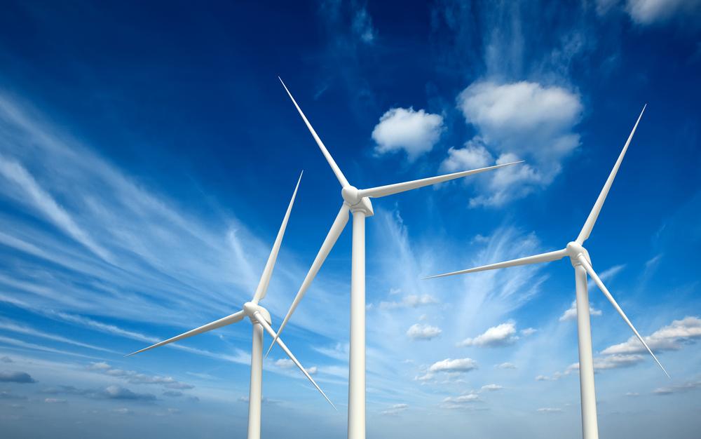Fuente-Shutterstock_Autor-f9photos_energiaeolica-viento-molino