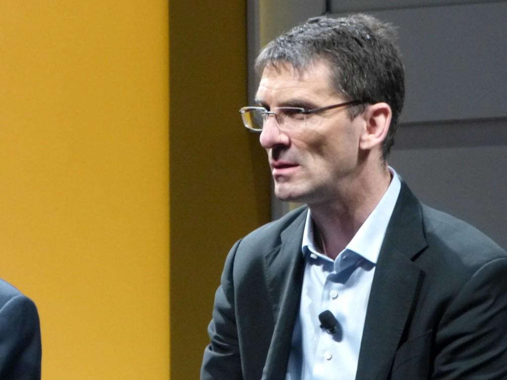 Bernd Leukert, no recuerda un momento como el que vivimos en la actualidad, con tantas tendencias convergiendo en plena madurez como  el cloud, la movilidad, big data...