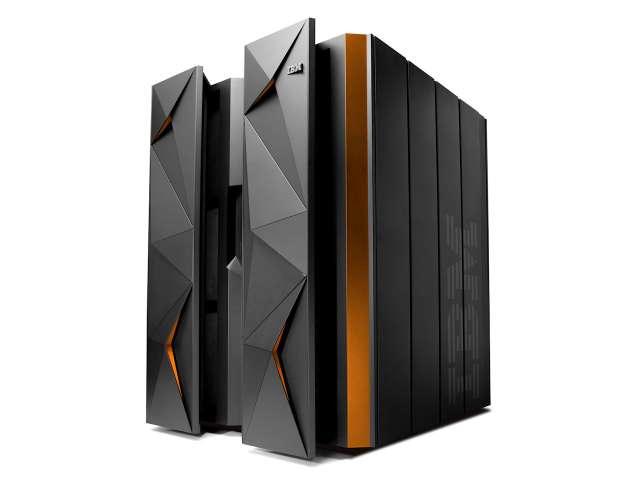 20150816-ibm-linuxone-mainframe