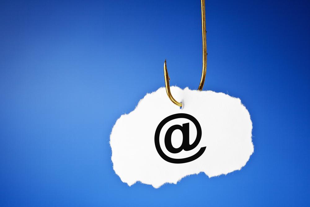 Fuente-Shutterstock_Autor-Ivelin Radkov_malware-email-spam-seguridad-phishing-adjunto-enlace