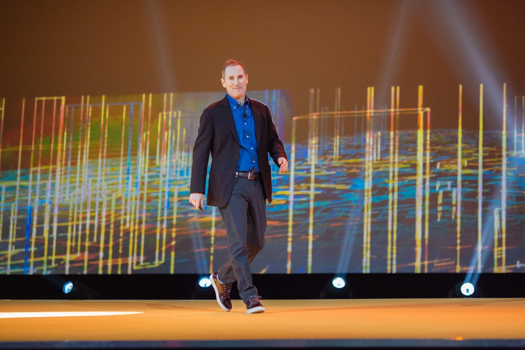 Andy Jassy, vicepresidente de AWS, durante la keynote inaugural del congreso re:Invent 2015