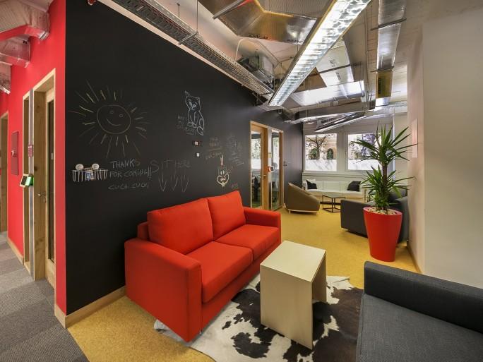 Visitamos las oficinas de facebook en madrid silicon for Oficinas de la seguridad social en madrid