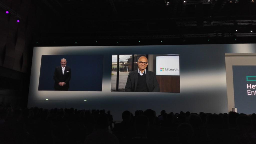 Satya Nadella, CEO de Microsoft, se unió a través de videoconferencia a la presentación de Antonio Neri, vicepresidente ejecutivo y director general de Enterprise Group en Hewlett Packard Enterprise, encargado de anunciar el acuerdo entre ambas compañías