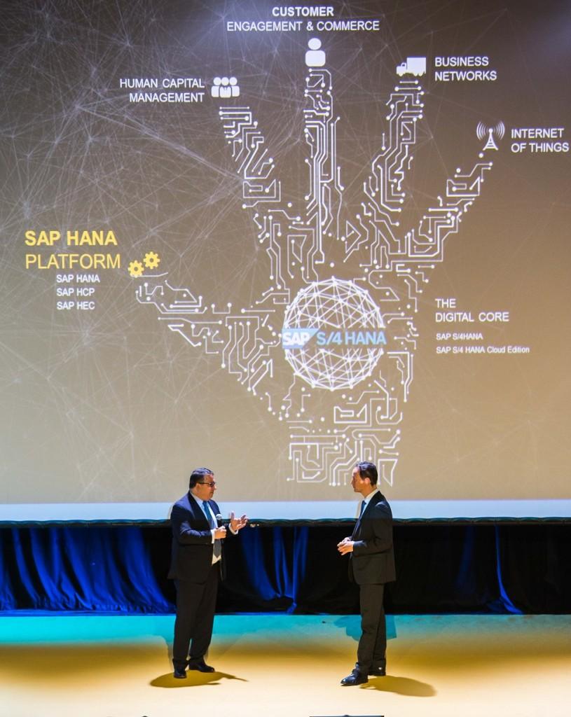 Cohen y da Silva en un momento de la sesión plenaria del SAPForum 2016