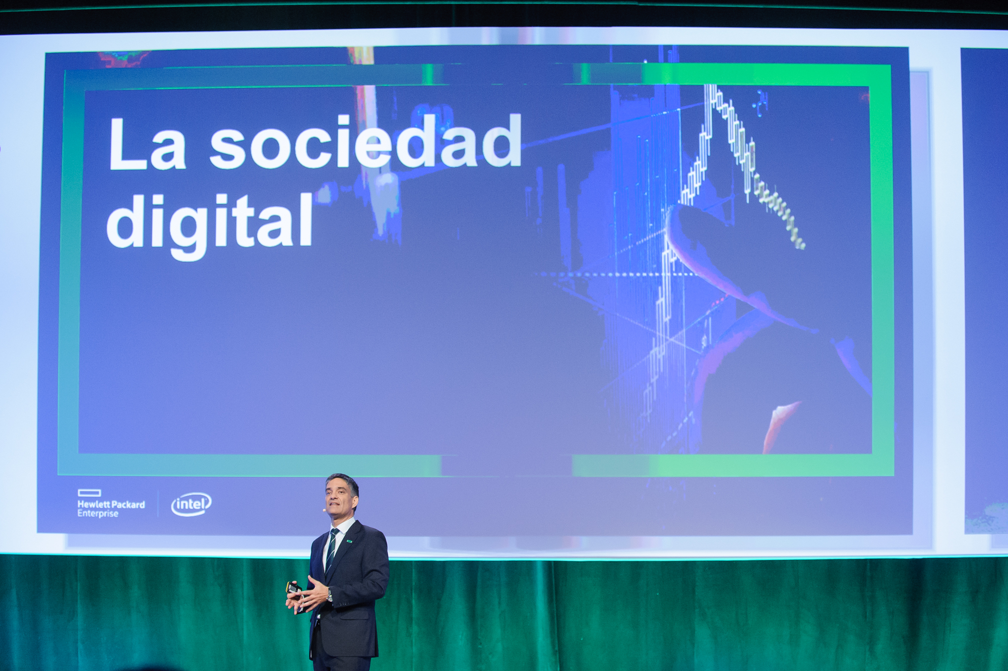 José María de la Torre, presidente y consejero delegado de HPE España y Portugal, durante su intervención en la sesión plenaria que daba el pistoletazo de salida al evento Reimagine 2016