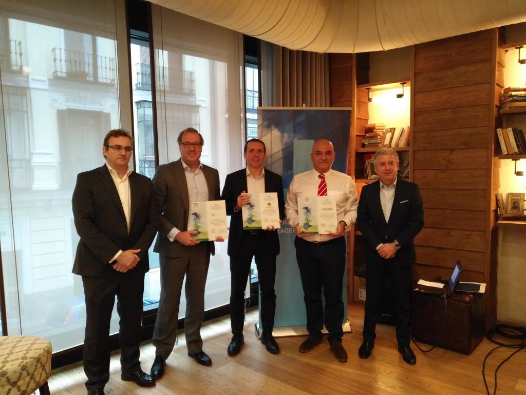 Los responsables de NetApp, Mediacloud, Nexica y Uniway, durante la presentación del nuevo servicio BaaS certificado