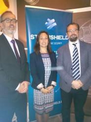 Borja Pérez, Carine Martins y Antonio Martínez (de izqda a dcha),el equipo de Stormshield Iberia.