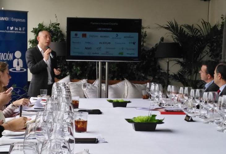 Jorge Zhu, director de Huawei Empresas para España, en un momento de la rueda de prensa