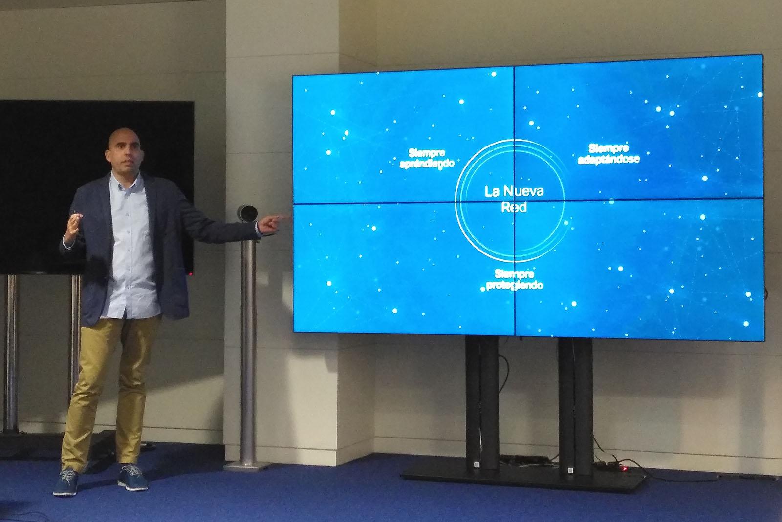 Carlos Infante, responsable de Enterprise Networks en Cisco España, durante la rueda de prensa