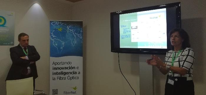 José María Marín y Esther Gómez en la presentación del FT3.